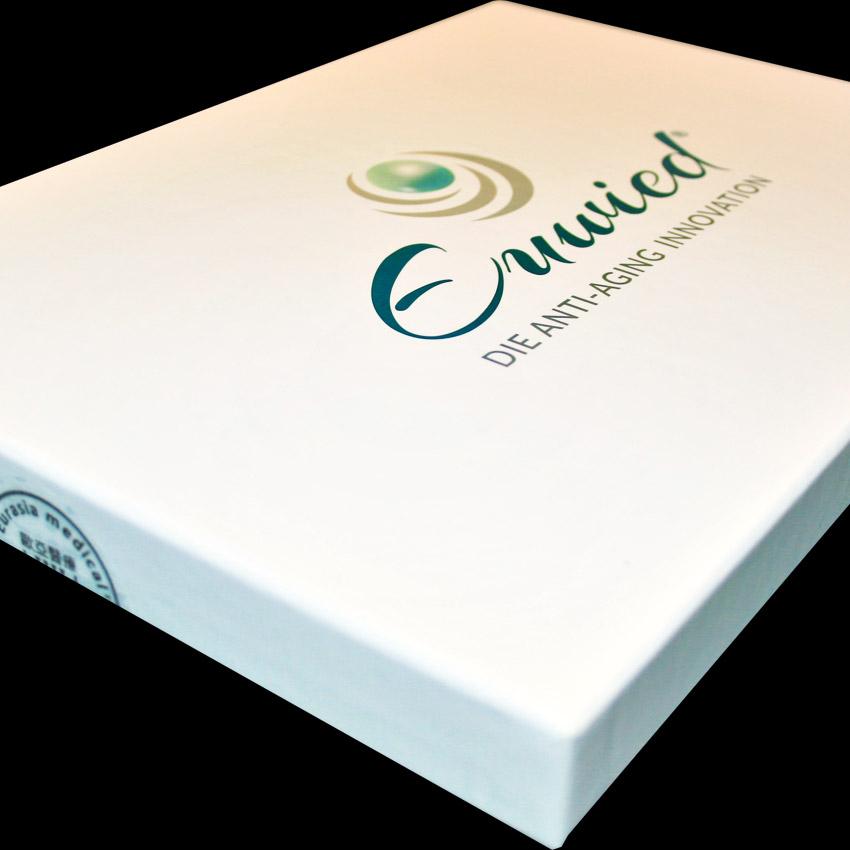 Design Produkte, Etiketten, Schachteln